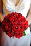 κόκκινα τριαντάφυλλα νυφ Στοκ Φωτογραφίες