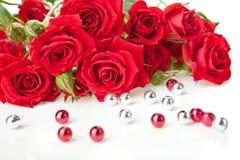 κόκκινα τριαντάφυλλα χαν&ta Στοκ φωτογραφίες με δικαίωμα ελεύθερης χρήσης