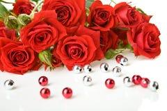 κόκκινα τριαντάφυλλα χαν&ta Στοκ εικόνες με δικαίωμα ελεύθερης χρήσης