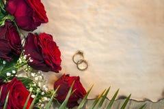 Κόκκινα τριαντάφυλλα - ημέρα γάμου Στοκ Εικόνες