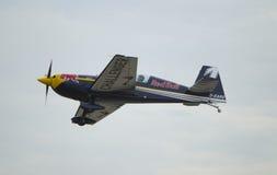 Κόκκινα Challenger φυλών αεροπλοΐα ταύρων τελικά κατηγορίας Στοκ φωτογραφίες με δικαίωμα ελεύθερης χρήσης