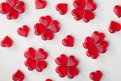 Κόκκινα lollipops σε ένα άσπρο υπόβαθρο Στοκ φωτογραφία με δικαίωμα ελεύθερης χρήσης