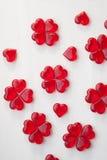 Κόκκινα lollipops σε ένα άσπρο υπόβαθρο Στοκ Φωτογραφία