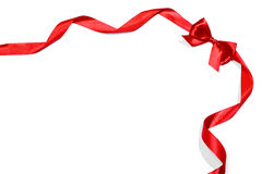 Κόκκινες κορδέλλες με το τόξο Στοκ φωτογραφία με δικαίωμα ελεύθερης χρήσης