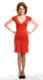 κόκκινες σοβαρές νεολαίες γυναικών φορεμάτων Στοκ Εικόνα