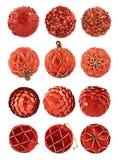 Κόκκινες σφαίρες διακοσμήσεων Χριστουγέννων που απομονώνονται Στοκ φωτογραφία με δικαίωμα ελεύθερης χρήσης