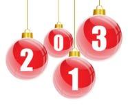 Κόκκινες σφαίρες Χριστουγέννων με 2013 αριθμούς απεικόνιση αποθεμάτων