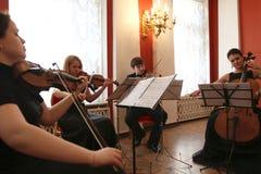 κόκκινη άνοιξη αριστοκρα&tau Στοκ φωτογραφία με δικαίωμα ελεύθερης χρήσης