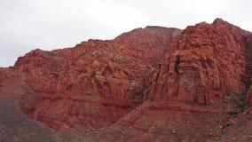 Κόκκινη αγριότητα βουνών από την πλευρά Ivins απόθεμα βίντεο