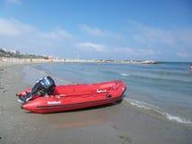 Κόκκινη βάρκα Στοκ Εικόνες