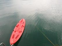 Κόκκινη βάρκα Στοκ φωτογραφία με δικαίωμα ελεύθερης χρήσης