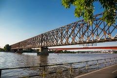 Κόκκινη γέφυρα σε Belgrad Στοκ φωτογραφία με δικαίωμα ελεύθερης χρήσης