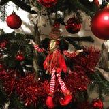Κόκκινη λεπτομέρεια διακοσμήσεων Χριστουγέννων κλόουν Στοκ φωτογραφία με δικαίωμα ελεύθερης χρήσης