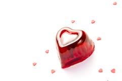 Κόκκινη ζελατίνα κερασιών καρδιών στοκ εικόνες