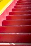 Κόκκινη και κίτρινη μεσογειακή σκάλα Στοκ Φωτογραφία