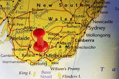 Κόκκινη καρφίτσα στη Μελβούρνη Αυστραλία ελεύθερη απεικόνιση δικαιώματος