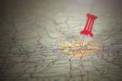 Κόκκινη καρφίτσα στο χάρτη του Λονδίνου Στοκ Εικόνα