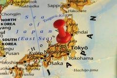 Κόκκινη καρφίτσα στο capitol του Τόκιο της Ιαπωνίας απεικόνιση αποθεμάτων