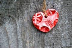 Κόκκινη καρδιά αργίλου Στοκ φωτογραφίες με δικαίωμα ελεύθερης χρήσης