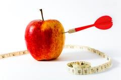 κόκκινη κορδέλλα μήλων Στοκ εικόνες με δικαίωμα ελεύθερης χρήσης