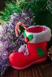Κόκκινη μπότα Χριστουγέννων - διακόσμηση για τη ημέρα των Χριστουγέννων Στοκ Εικόνα
