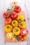 κόκκινη ντομάτα κίτρινη Στοκ Εικόνες