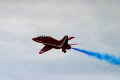 Κόκκινη ομάδα επίδειξης βελών aeorobatic Στοκ φωτογραφίες με δικαίωμα ελεύθερης χρήσης