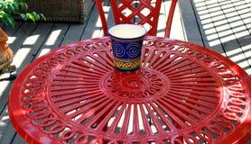Κόκκινη περίληψη επίπλων patio Στοκ φωτογραφίες με δικαίωμα ελεύθερης χρήσης