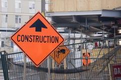κόκκινη προειδοποίηση περιοχών σημαδιών κατασκευής Στοκ Φωτογραφίες