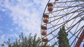 Κόκκινη ρόδα Ferris φιλμ μικρού μήκους