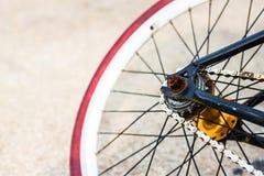 Κόκκινη ρόδα ποδηλάτων Στοκ Φωτογραφία