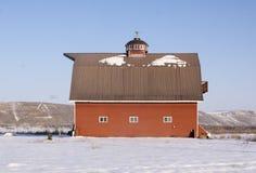 Κόκκινη σιταποθήκη έξω από Weiser, Αϊντάχο Στοκ εικόνα με δικαίωμα ελεύθερης χρήσης