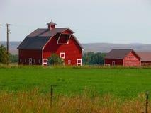 Κόκκινη σιταποθήκη Στοκ φωτογραφία με δικαίωμα ελεύθερης χρήσης