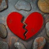 Κόκκινη σπασμένη καρδιά στοκ εικόνες