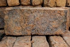 κόκκινη στοίβα τούβλων Στοκ Φωτογραφίες