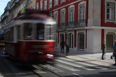 Κόκκινη τροχιοδρομική γραμμή της Λισσαβώνας Στοκ εικόνα με δικαίωμα ελεύθερης χρήσης