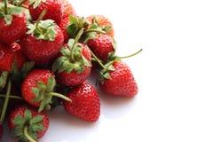 Κόκκινη φράουλα μούρων που απομονώνεται στο άσπρο υπόβαθρο Στοκ Φωτογραφία