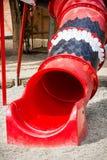 κόκκινη φωτογραφική διαφάνεια παιδικών χαρών Στοκ Φωτογραφία