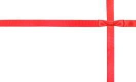 Κόκκινοι κόμβος και κορδέλλες τόξων σατέν στο λευκό - σύνολο 3 Στοκ Εικόνα