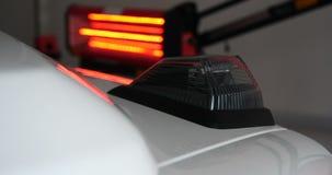 Κόκκινοι λαμπτήρες για την ξήρανση της μηχανής μετά από να χρωματίσει ή το σώμα αυτοκινήτων κεραμικής φιλμ μικρού μήκους