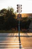 Κόκκινοι φωτεινοί σηματοδότες και για τους πεζούς πέρασμα Στοκ Φωτογραφία