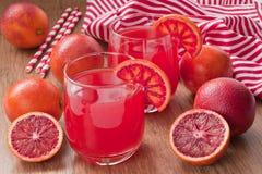 Κόκκινος αιματηρός χυμός από πορτοκάλι Στοκ Φωτογραφία