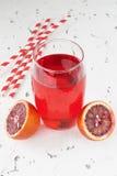 Κόκκινος αιματηρός χυμός από πορτοκάλι Στοκ εικόνα με δικαίωμα ελεύθερης χρήσης