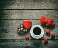 κόκκινος βαλεντίνος καρδιών καρτών Στοκ Φωτογραφία