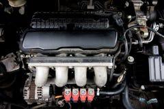 Κόκκινος εγχυτήρας LPG με τη μηχανή Στοκ φωτογραφίες με δικαίωμα ελεύθερης χρήσης