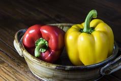 κόκκινος κίτρινος πιπεριών κουδουνιών Στοκ Φωτογραφίες