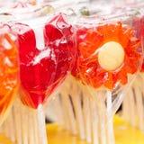 Κόκκινος και πορτοκάλι lollipops στοκ εικόνες με δικαίωμα ελεύθερης χρήσης
