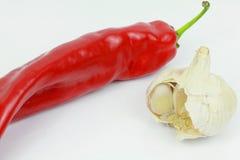 Κόκκινος - καυτό πιπέρι τσίλι με το σκόρδο Στοκ Εικόνες