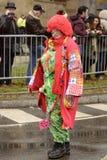 Κόκκινος κλόουν στην παρέλαση καρναβαλιού, Στουτγάρδη στοκ φωτογραφία
