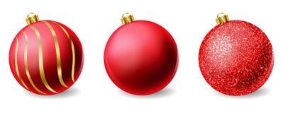 Κόκκινος λαμπρός ακτινοβολεί διάνυσμα σφαιρών Χριστουγέννων ρεαλιστικό Στοιχεία Χαρούμενα Χριστούγεννας που απομονώνονται Λεπτομε απεικόνιση αποθεμάτων